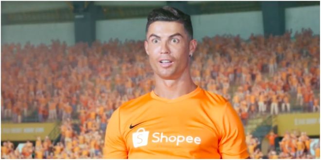 Mais c'est quoi cette pub atroce — Cristiano Ronaldo