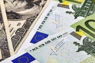 Devises: dirham / dollar / euro