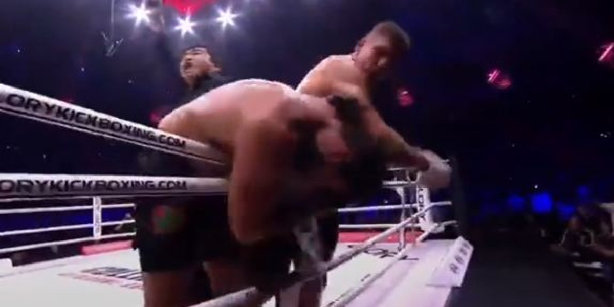 Glory 79. Jamal Ben Saddik s'incline face à Rico Verhoeven (VIDEO)
