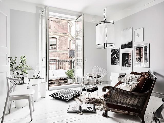 White Living Room Home Decor Inspiration