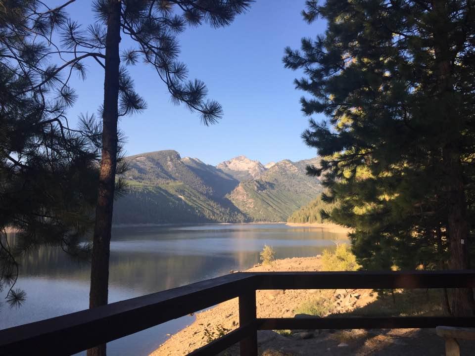 lake-como-montana