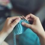 Le tricot, bientôt remboursé par la Sécu ? 🙃