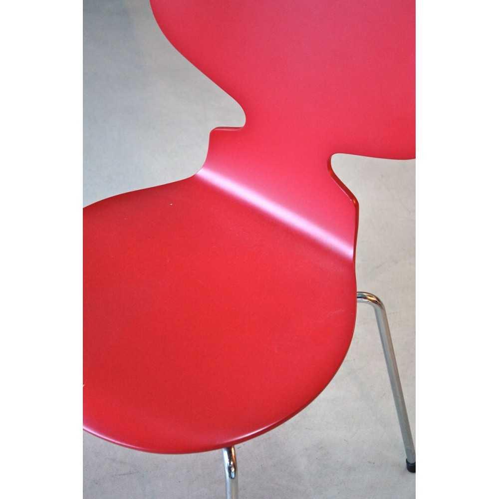 Chaise Fourmi Arne Jacobsen  Les Nouveaux Brocanteurs