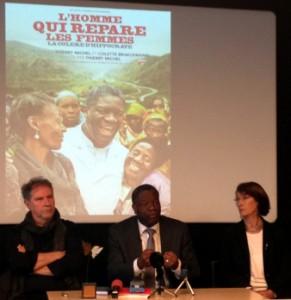 Thierry Michel, Denis Mukwege et Colette Braeckman, en mars 2015 à Bruxelles