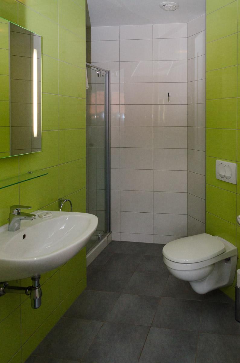 Chambre individuel avec grand lit  Htel Alsace  Metzeral