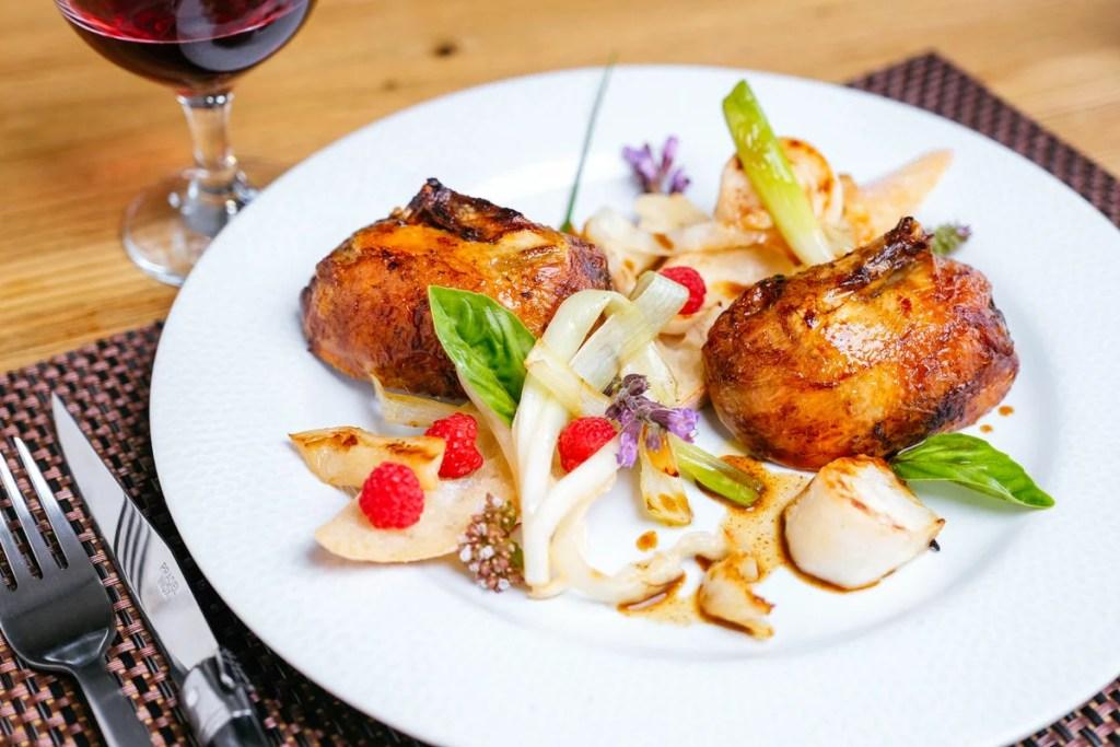 ferme-auberge-repas-restaurant-cuisine-raffinee-produits-terroirs-locaux