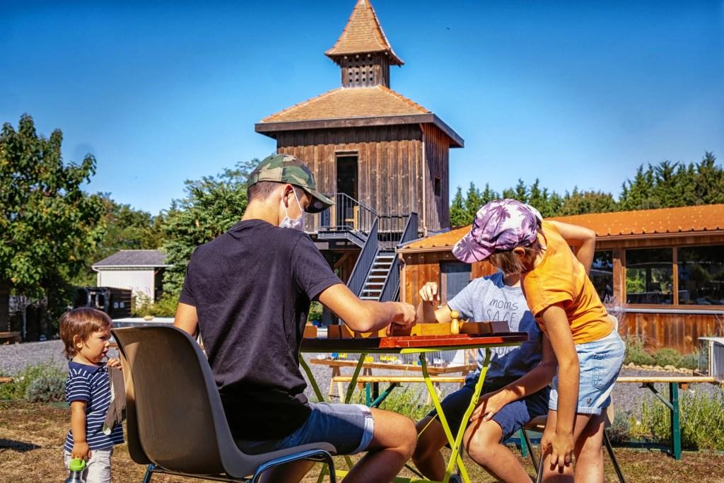 les-pigeons-du-mont-royal-lombers-ferme-auberge-table-du-mont-royal-cuisine-rafinée-du-terroir-pigeons-seminaire-groupe-amis-famille-couple