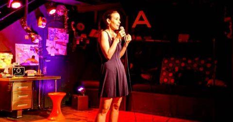 Isabelle Chataignier-Haroche, découverte humour et stand-up sur le spot du rire