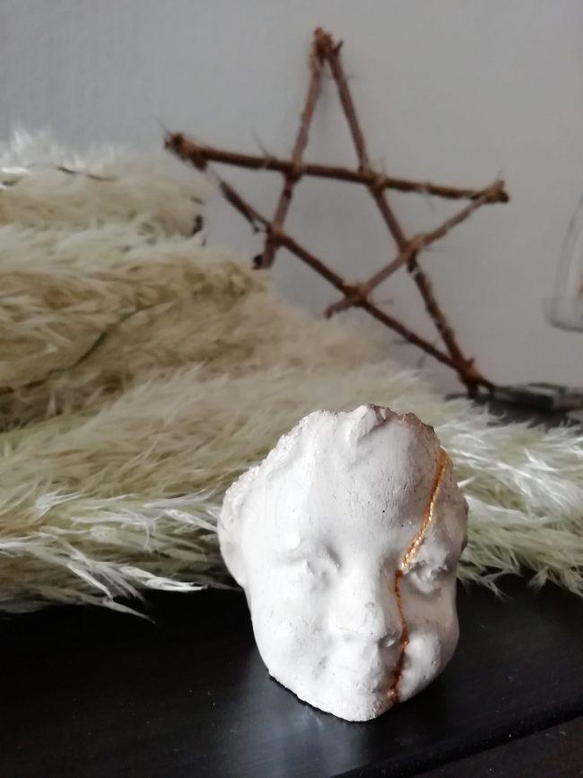 Sublimer les objets brisés avec le Kintsugi