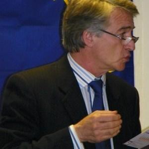 Réunions-formation sur les politiques du Conseil Régional et du Conseil Général.