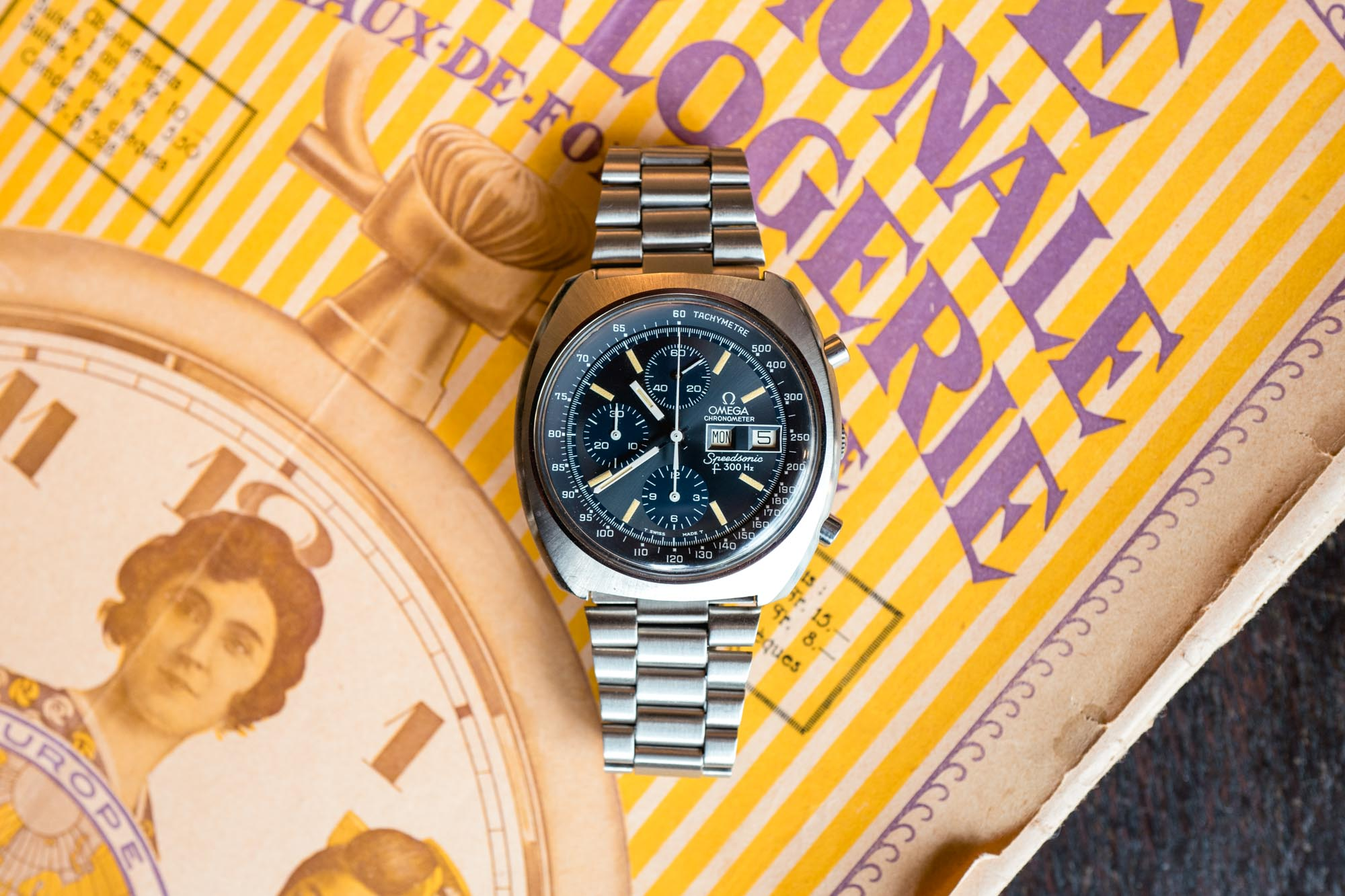 Antique Watches - Omega Speedsonic