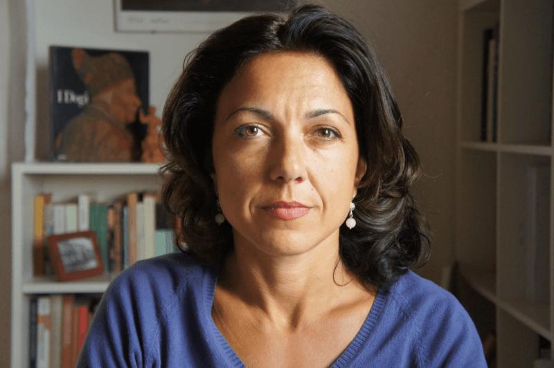 Alessandra Sarchi per l'Estroverso