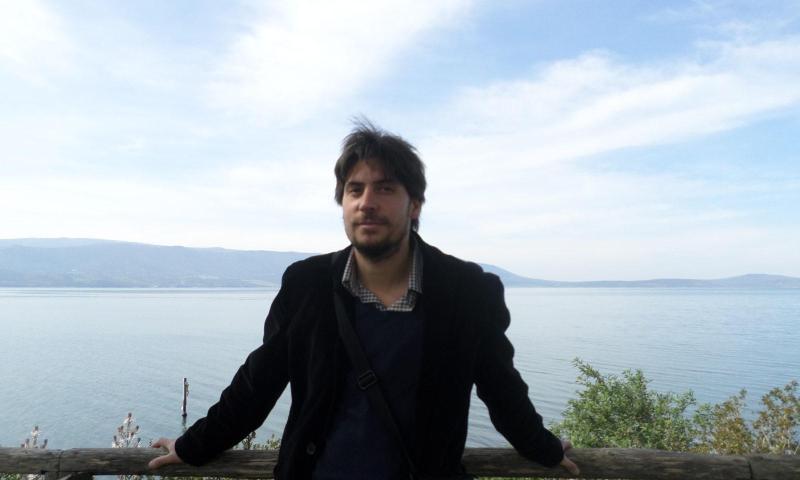 Fabio Strinati, la poesia compagna di un 'tragitto infinito'