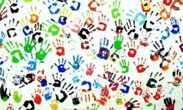 Intercultura: l'alterità come paradigma dell'identità della scuola odierna.