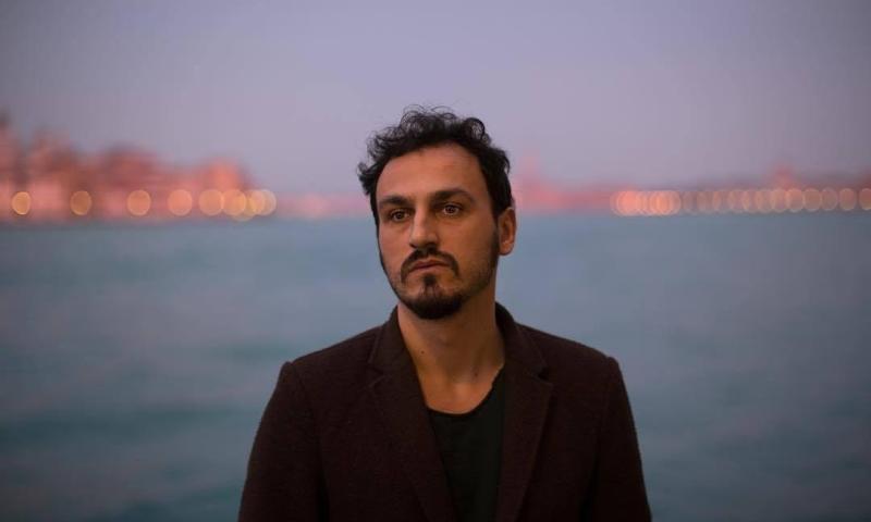 """Julian Zhara, """"la poesia è nell'ascolto"""""""