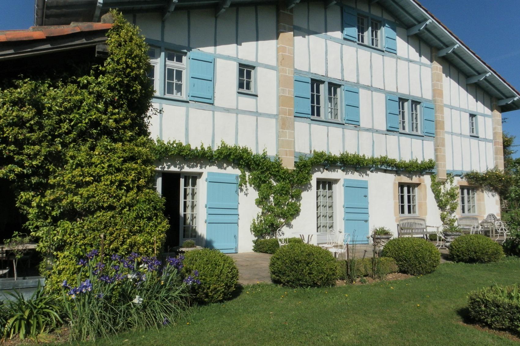 Les volets bleus biarritz