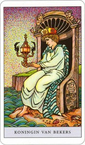 Tarotkaart 54 Bekers Koningin