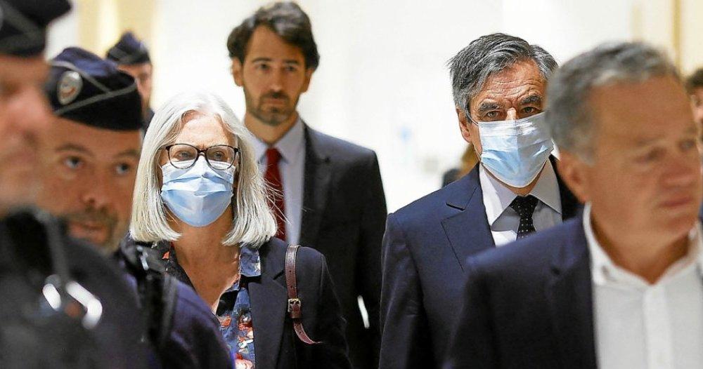 Soupçons D Emplois Fictifs François Fillon Condamné à