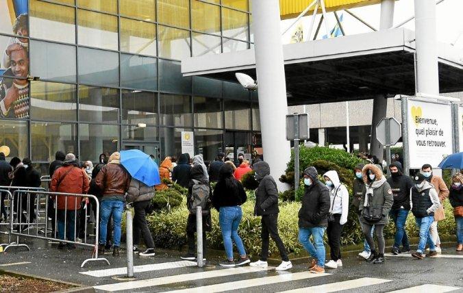 centres commerciaux bretons retour sur 48 heures de confusion cafouillage dans les centres commerciaux bretons le telegramme