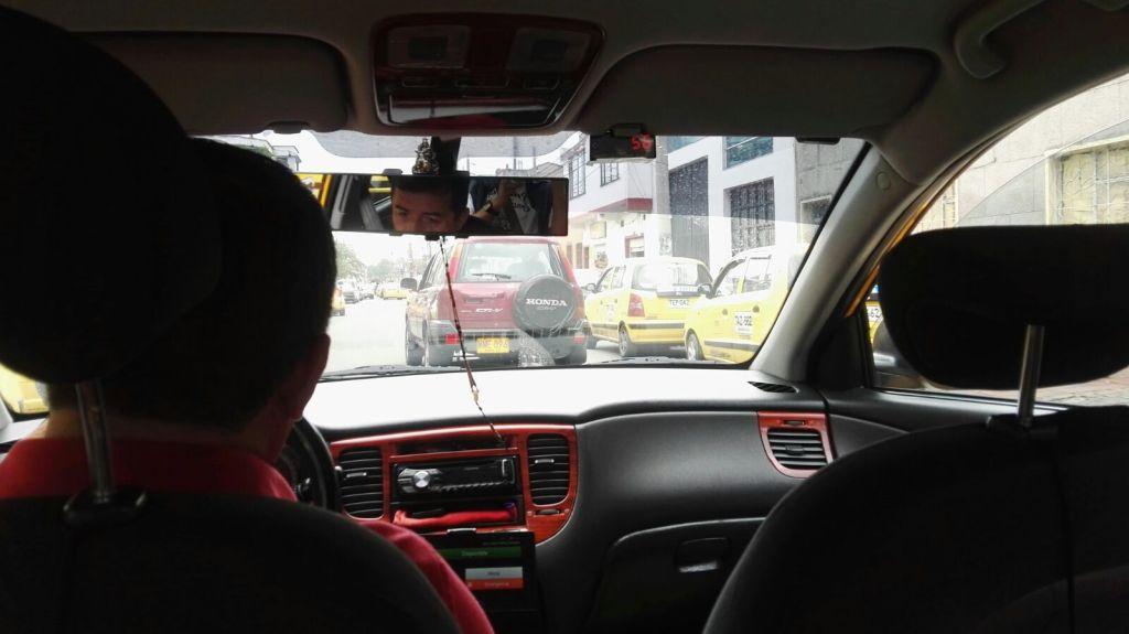 Jízda taxíkem v Bogotě