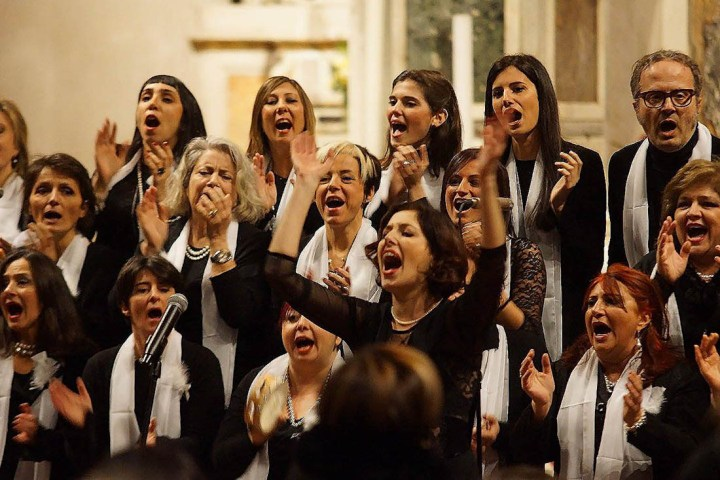 Letizia Dei dirige il Light Gospel Choir