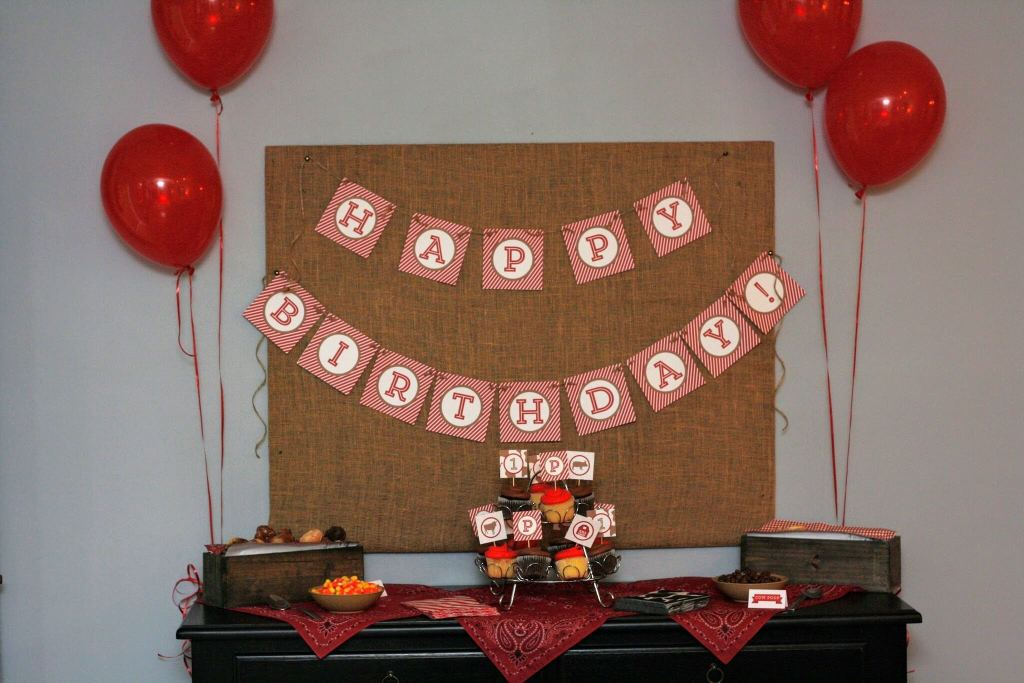 Download and print custom decor for a Pinterest-worthy birthday party.