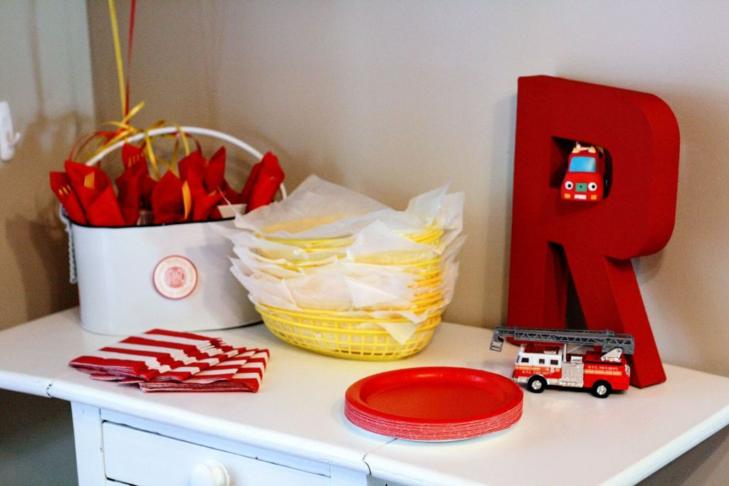 Solid color paper goods in your color scheme make for a Pinterest-worthy birthday party