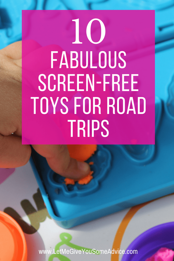 Wondering how to keep your kids entertained? These screen-free toys for road trips offer creative, independent play for your kids as you travel. Advice from a travel mom expert about which toys are the biggest hits in the car on family road trips! #roadtrip #travelwithkids