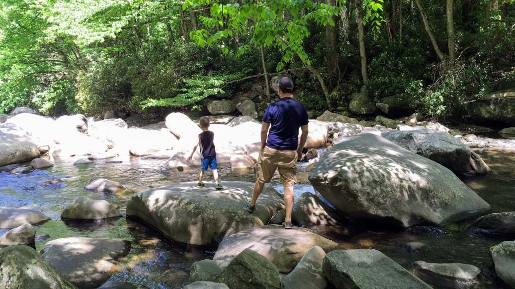 Avoiding Crowds in Gatlinburg and GSMNP - creek boulders near picnic area