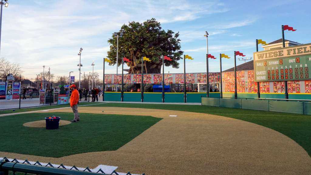 Sports Legends Experience Tips - Baseball Stadium