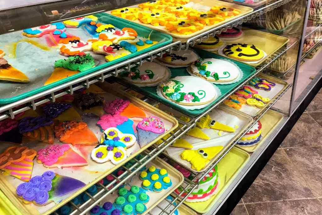 Joy Ann's Cake Shop