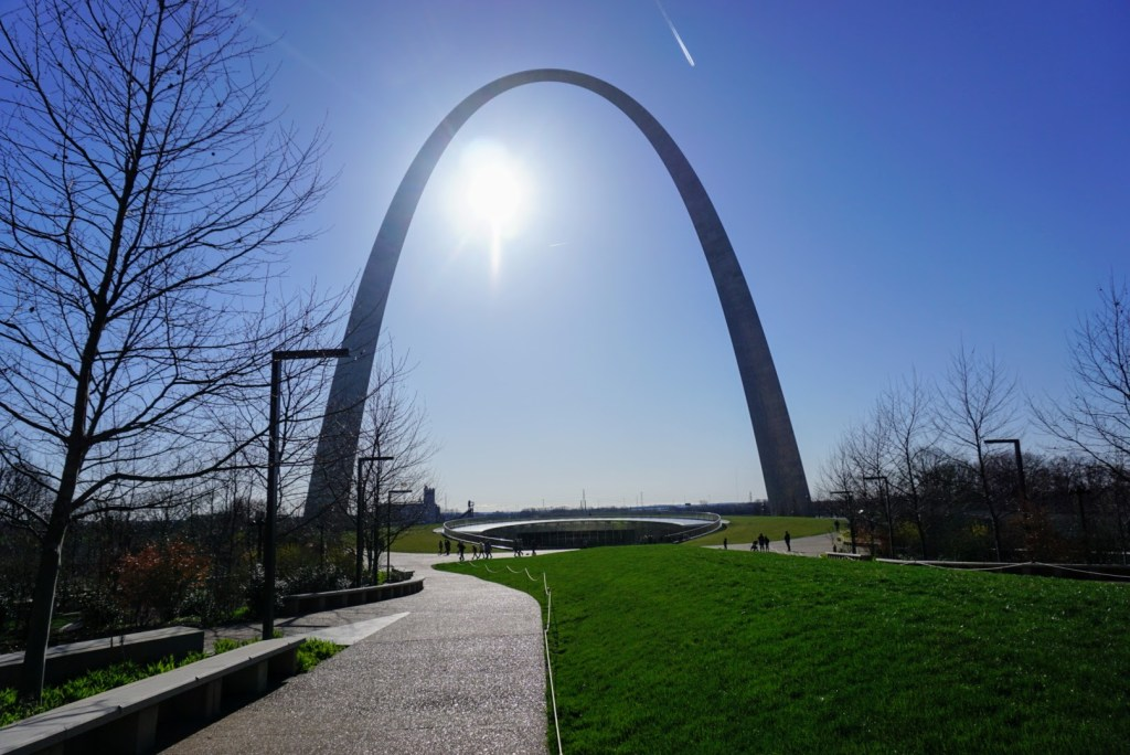 Fall Break Vacation Ideas for Families - St Louis