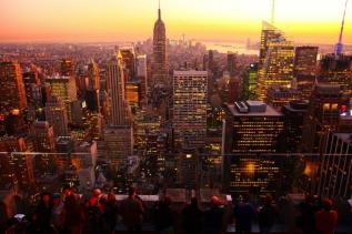 vue sur l'empire state building de nuit top of the rock