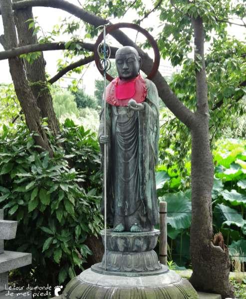 statue-tokyo