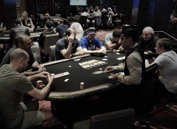 poker-crown