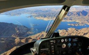 lac meak hélicoptère