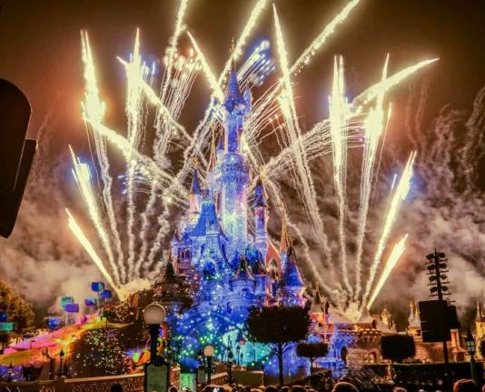 Disney Illumination Spectacle nocture
