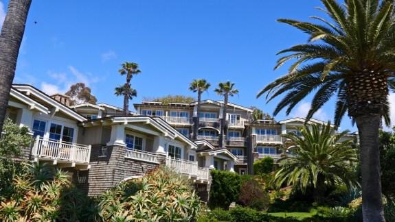 hotel treasure island park