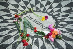 Strawberry Fields Memorial, en homenaje a John Lennon (Central Park, New York)