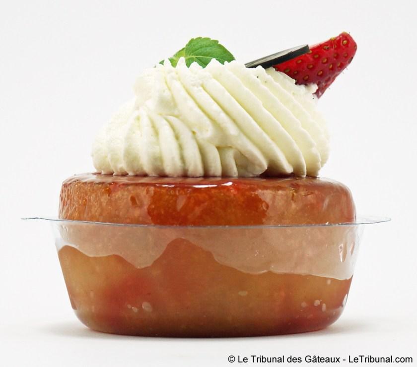 baba fraise stohrer