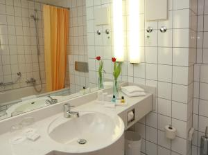 Vienna House Easy Limburg In Limburg An Der Lahn Germany