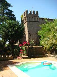 Ville del Castello di Torcrescenza a Roma Italy  Lets
