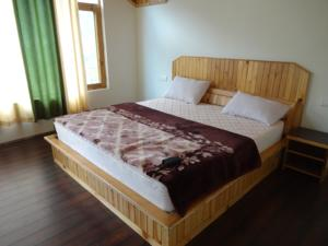 Mountain Face Cottage In Manali India Lets Book Hotel