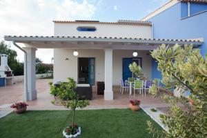 Villa Daniele A Pozzallo Italy Lets Book Hotel