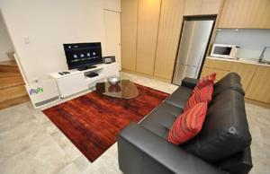Ultimo Self Contained One Bedroom Apartment 625 1 Har In