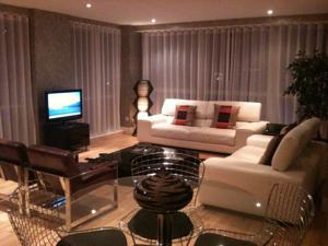 best leather sofas large sectional canada the penthouse g1 in glasgow, uk - rates guaranteed ...
