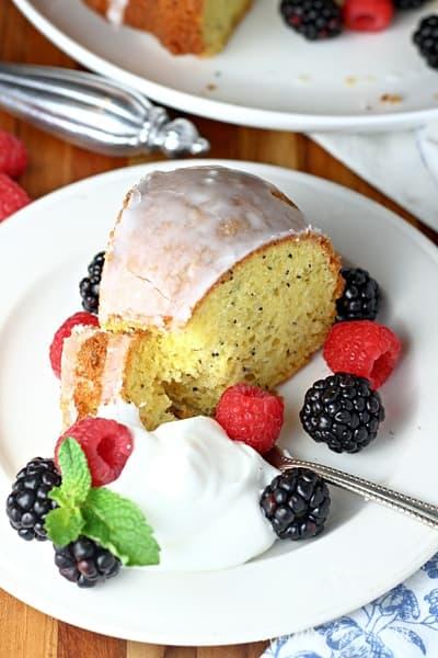 Easy Poppy Seed Cake