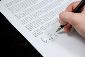 letselschade-claimen-handtekening
