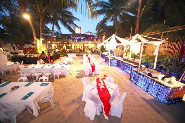 Le Soleil De Boracay Beach Dinner Buffet
