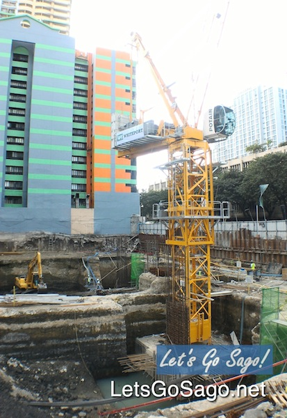 100 West Makati Construction